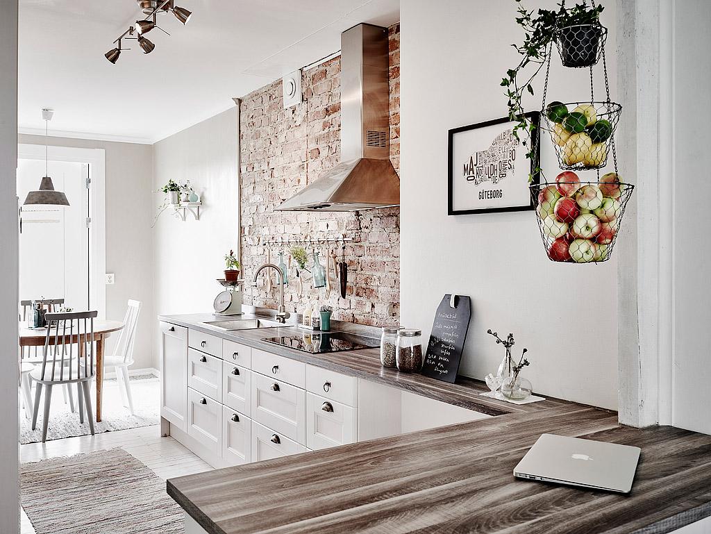 Kolme kaunista keittiötä  All you need is White