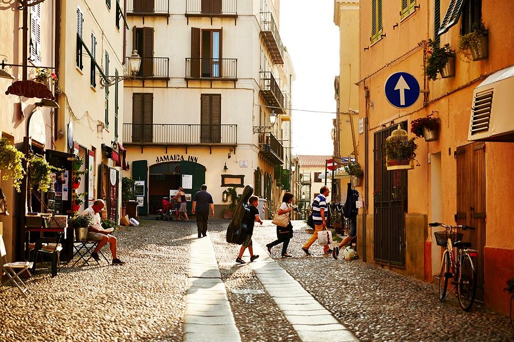 gallery_italy-sardinia-alghero__0270533_1506030744
